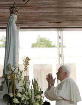 Resultado de imagen de BENEDICTO XVI EN FÁTIMA